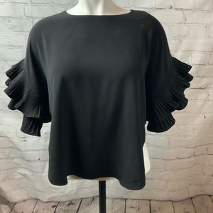 ALYTHEA BLACK RUFFLED TOP SIZE SMALL